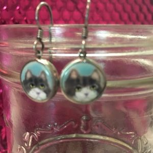 Jewelry - Hand painted cat earrings